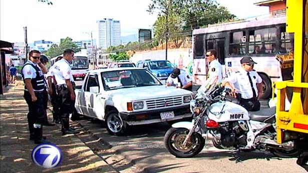 Costa Rica's New Traffic Law ALREADY With Errors!