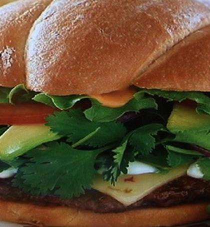 Smashburger opens in Costa Rica