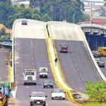 Los 40.000 vehículos que a diario enfrentaban presas en la Rotonda de la Y Griega, al sur de San José, ahora tienen un puente de cuatro carriles, que será inaugurado mañana