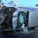 155221_accidente-postes-uruca-020113