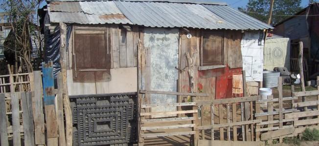 "300.000 In Costa Rica Live in ""Informal Settlements"""