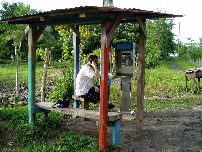QTip (Humour): How to Use a Pay Phone!