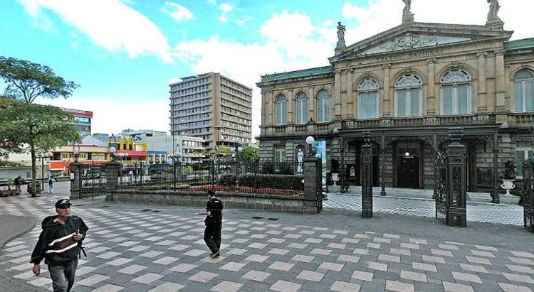 Take a virtual tour of the Teatro Nacional using the link below