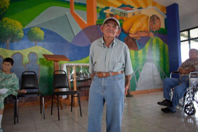 costa-rica-elderly-2011-03-29-03_0