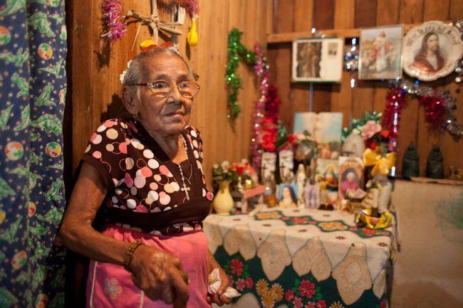 costa-rica-elderly-2011-03-29-09