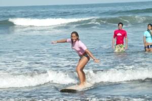 costa-rica-surf-tours-manuel-antonio-beginner-lessons