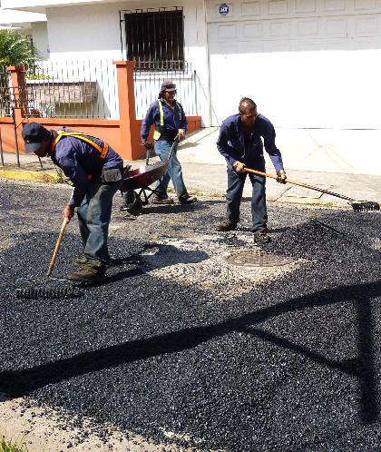 "Paving My Street A ""La Tica"" (Photos)"
