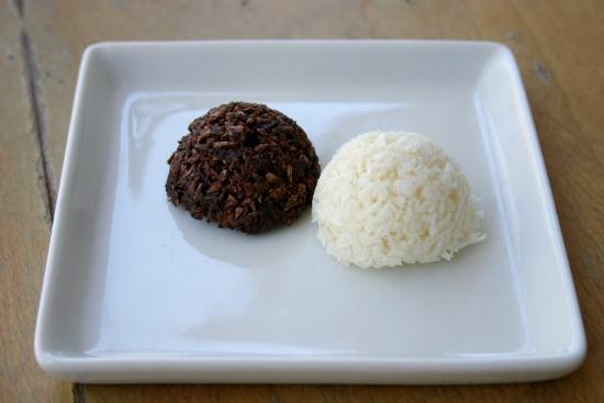 RECIPE: a Vegan Macaroon Inspired by Costa Rica