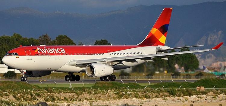 800px-Avianca_Airbus_A330-243_Bogota_PAOC