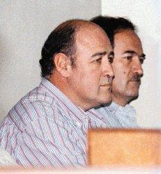 El exdirector del Banco Central, Juan Antonio Robles Aguilar y los hermanos José Luis y Mariano López Gómez (de izquerda a derecha) negaron los cargos en su contra  el 30 de junio