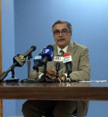 "[Video] Energy Minister Explains RECOPE ""Plan B"""