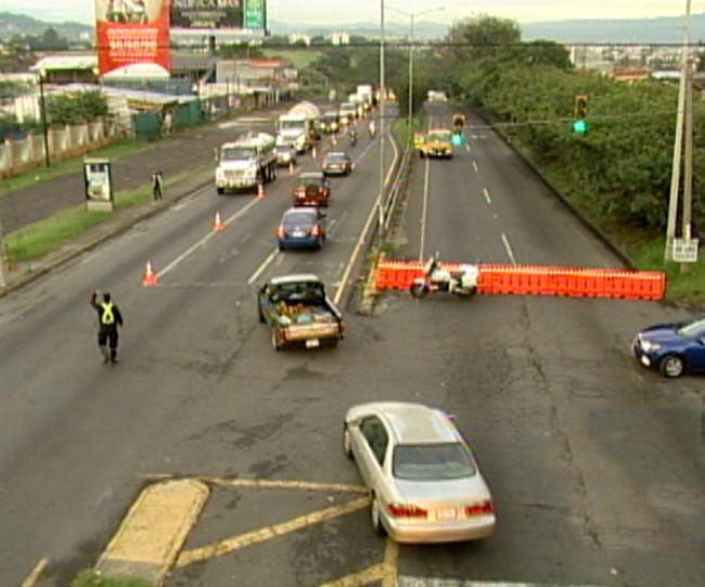Traffic situation early Tuesday morning