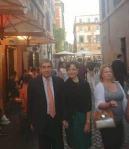 This isn't the Avenida Central in San José, as Don Oscar and his wife Suzanne stroll Il Trastevere