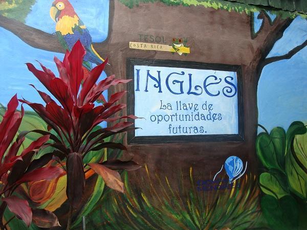 Where do English Teachers Live in Costa Rica?