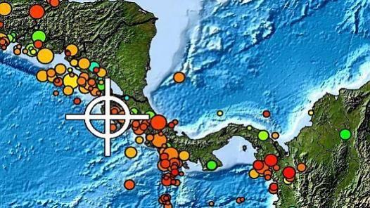 Costa Rica Community Teaches Tsunami Drill