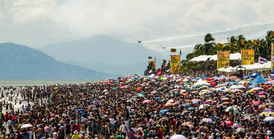 More Than 200.000 Attended Puntarenas Air Show Sunday