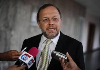 Francisco-DallAnese-general-Costa-Rica_LNCIMA20130702_0102_28