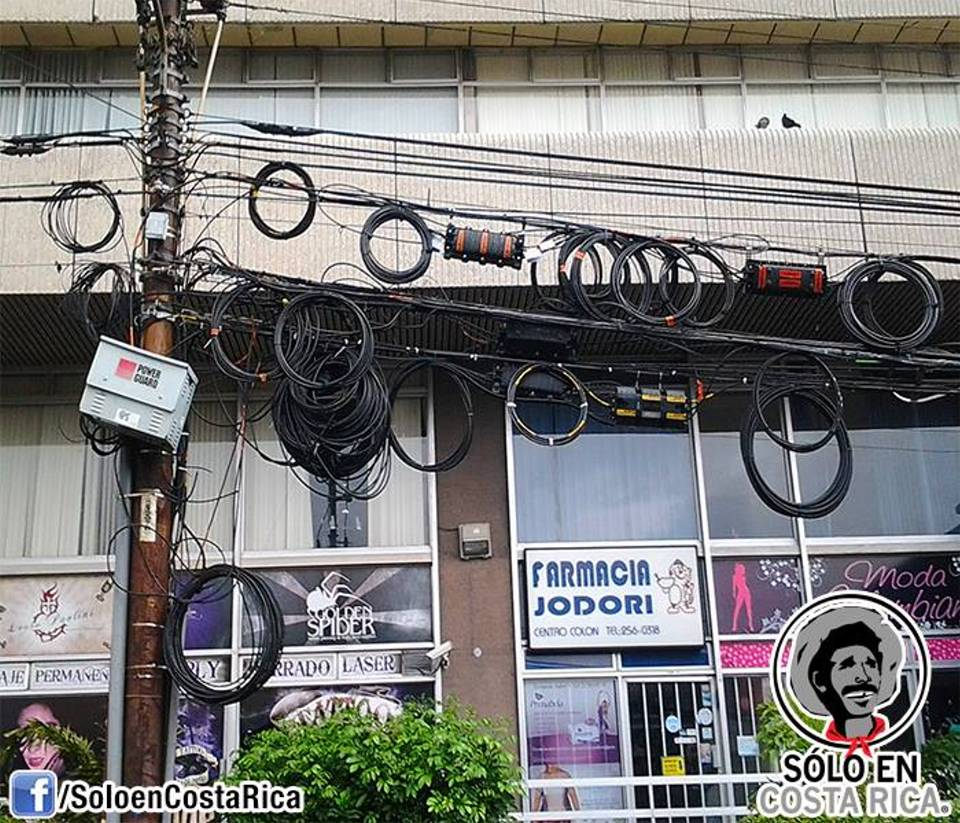 Only in Costa Rica: Cable Spaghetti