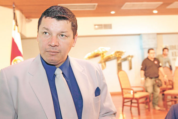 PASE Presidential Candidate Accused of Fraud