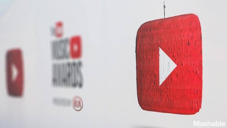 YouTube Overtakes Facebook Among Teens