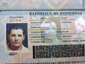 Copy of a Ho passport published in Hounduras press http://www.laprensa.hn/sucesos/policiales/407663-96/hallan-helipuerto-dinero-armas-y-dos-pasaportes-hondurenos-en-costa-rica