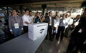 Electoral Supreme Tribunal Calls to Vote with Dignity for Honduras