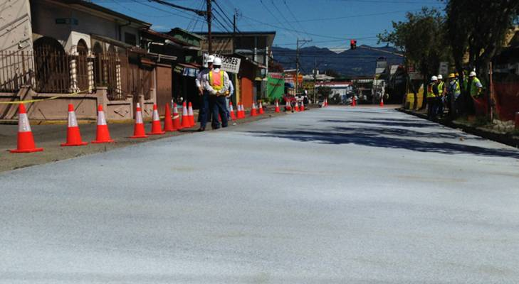 Calle 24 in San José is the test for Whitetopping