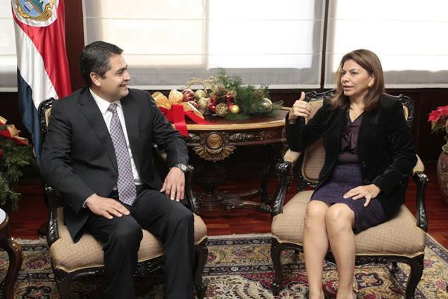 Chinchilla-Hernandez-CORTESIA-CASA-PRESIDENCIAL_LNCIMA20131205_0045_1