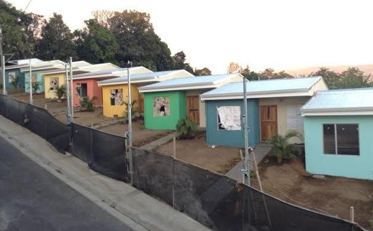 The El Telón project is responsible for the building of 19 homes in the area affected by the 2009 earthquake. Dozens of families still waiting for a solution fives year after the devastating quake that killed 18.