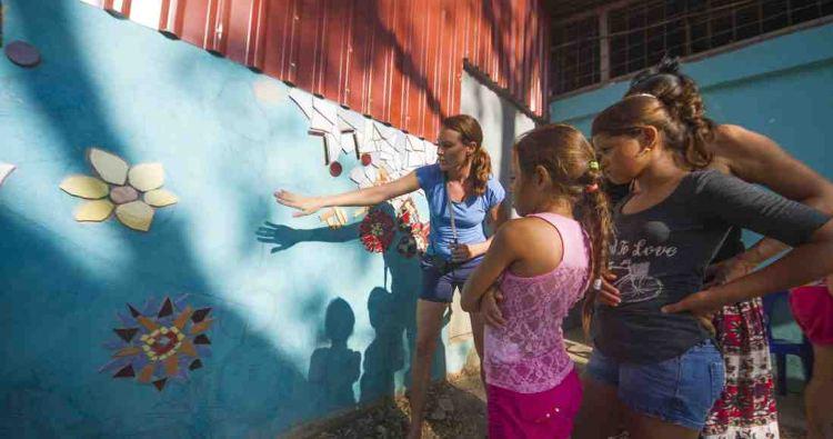 New Mural Adorns Music School in Nosara