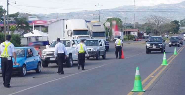 A permanent spot check point is at the Naranjo toll stations.