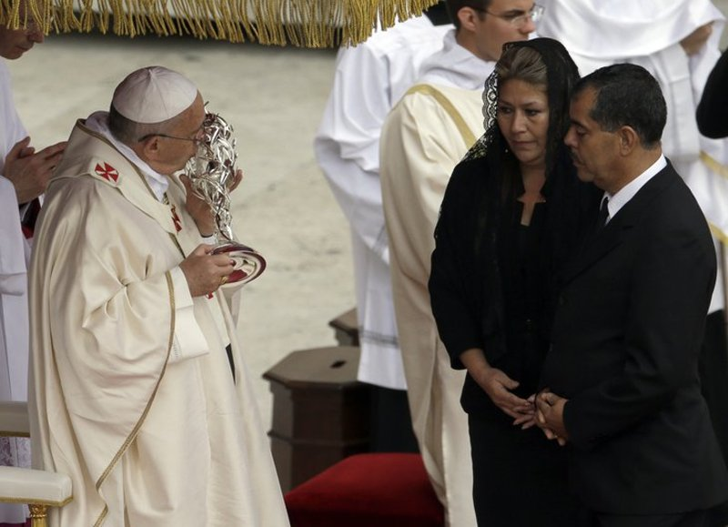 pope-john-paul-ii-sainthood0389
