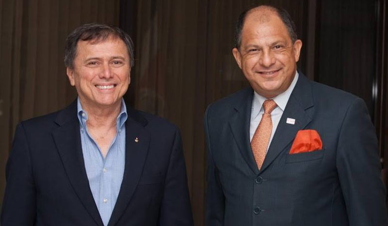 Franklin Chang (left) with President Luis Guillermo Solís