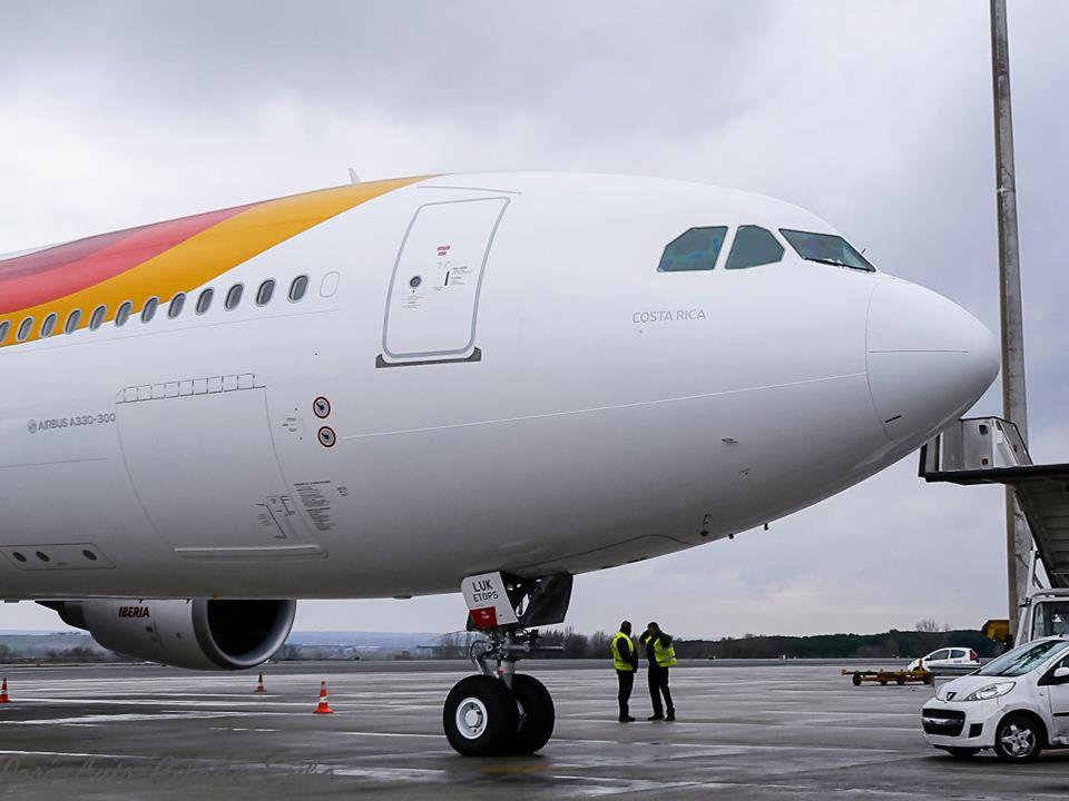 Iberia's christneed its Airbus 330 (EC-LUK)  the Costa Rica.