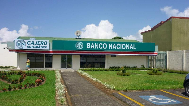 costa-rica-bank-laws-main