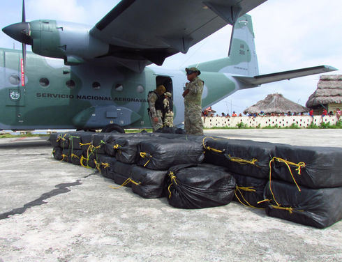 In March, Panama's National Aeronaval Service (SENAN) seized 1,525 kilograms of cocaine contained in 61 sacks that were thrown overboard by the crew of a ship 16 nautical miles northeast of Tigre Island. (Courtesy of SENAN)