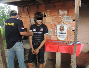 Mario (not his real name), 17, was caught in his home with 52 doses of crack by Paraguay's National Anti-Drug Secretariat (SENAD) on March 19. The teenager allegedly was trafficking drugs in San Lorenzo, about 12 kilometers from Asunción. (Courtesy of SENAD)