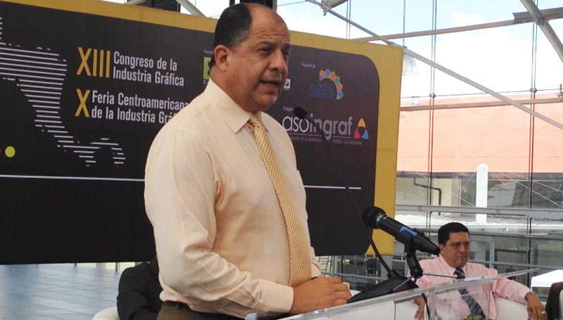 President Solís opening the Graphics Printing Industry Conference in the Antigua Aduana, in San José
