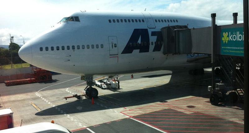 Avion-transportara-Brasil-partidos-seleccion_LNCIMA20140612_0140_28
