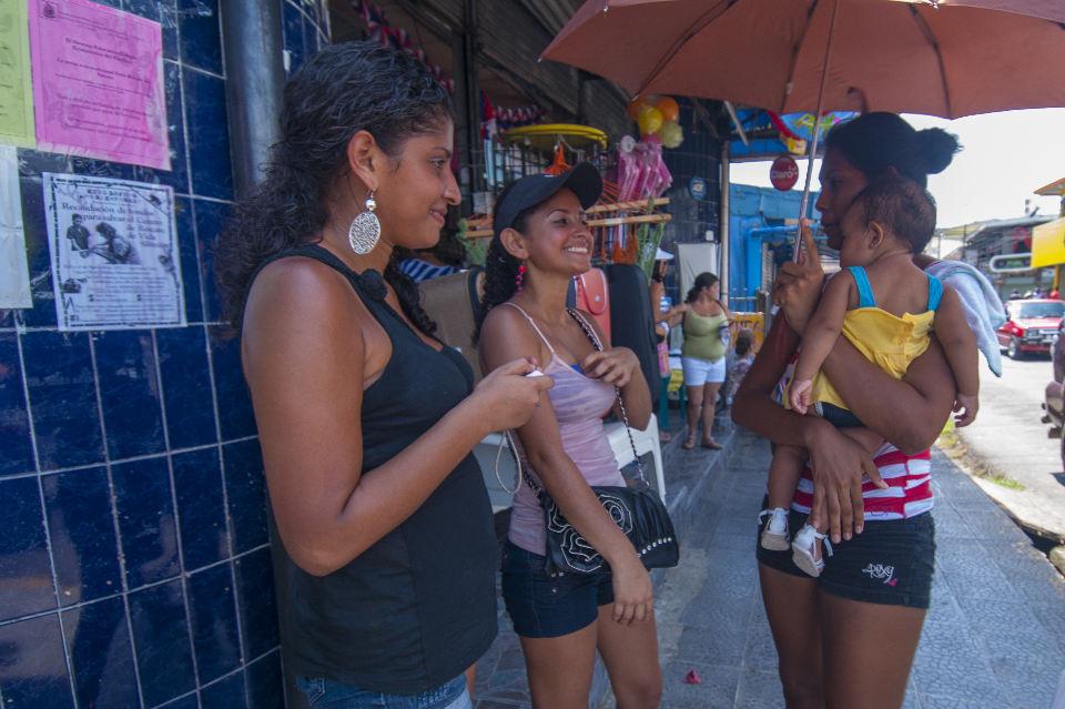Daily Life in Quepos, Costa Rica. | Photo: Sallyricephotos.com