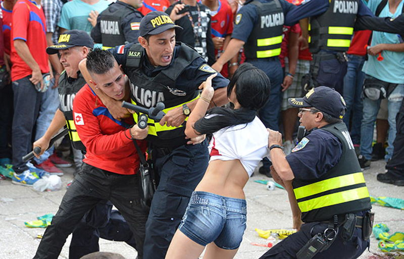 Violence erupted between fans in the Plaza de la Democracia, in San José, during the 2014 World Cup game against the Netherlands.