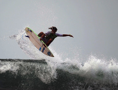 El Salvador's beaches have attracted surfers and tourists from various parts of the world since 2000, according to the El Salvador Export and Investment Promotion Agency (PROESA). Above, a surfer rides the waves at Punta Roca beach in La Libertad department, 32 km south of San Salvador. (José Cabezas/AFP)