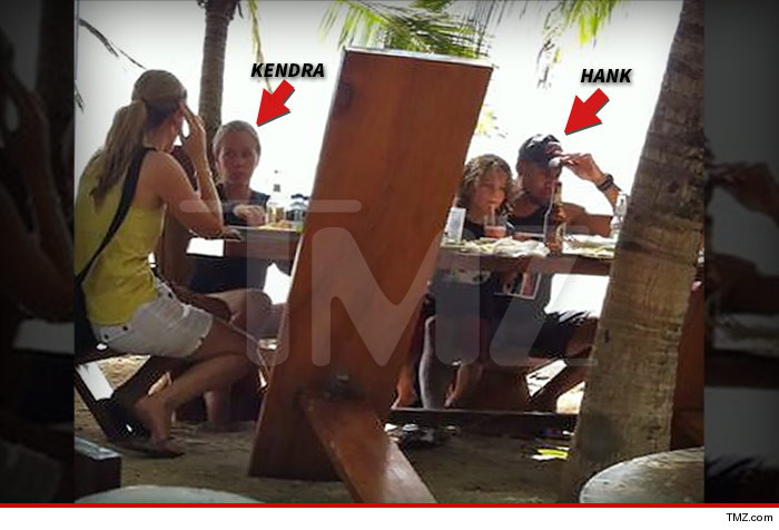 Hank And Kendra Together in Costa Rica!