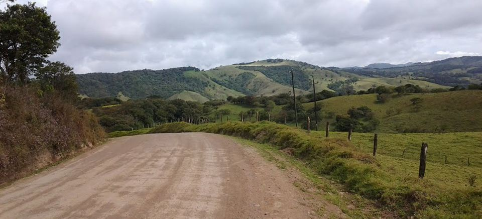 The current road to Monteverde is a nightmare for area residents and tourists. Photo for illustrative purposes.