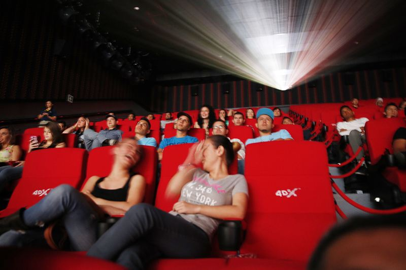 4DX first screening in Costa Rica, Friday. Photo: Carlos Borbon, La Nacion