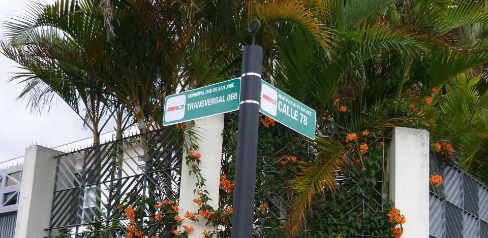 street-sign-costa-rica