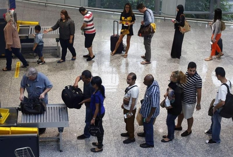Colombia Denying Entry to Recent Travellers to Ebola-Hit Countries