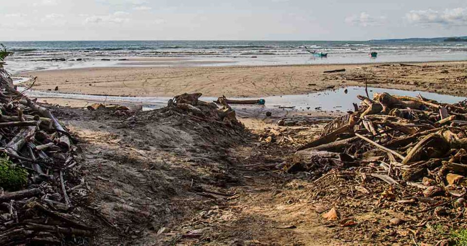 Residents Depend on Tides to Leave or Enter Their Community