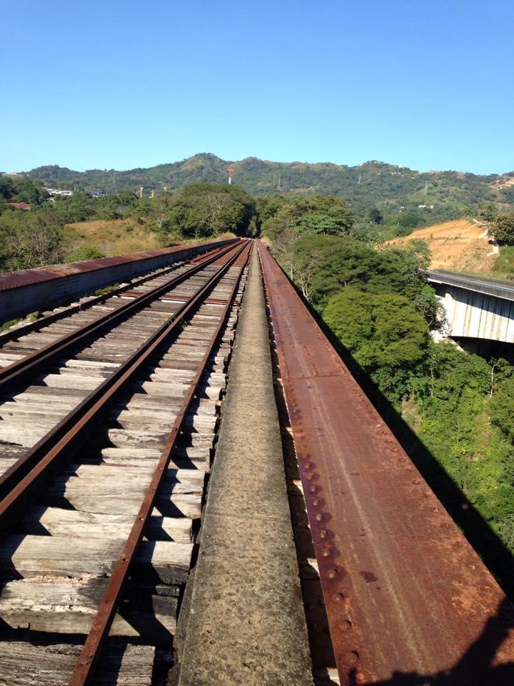 the-train-to-atenas-warner451