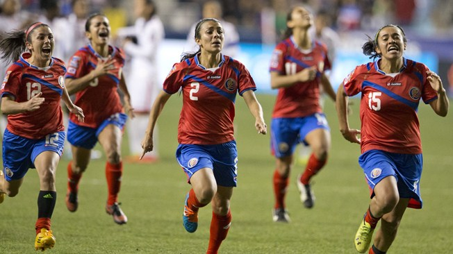 """""""The mix of generations was important for us to achieve our goal. We've played in World Cups at youth level, but this was the one that had got away from us (...),"""" Katherine Alvarado, Costa Rica midfielder"""